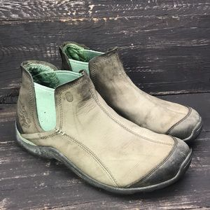 Teva Leather Ankle Boots Size 8.5